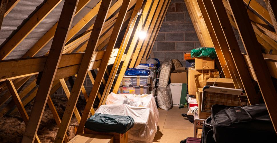Stockage dans un garage, grenier, cave